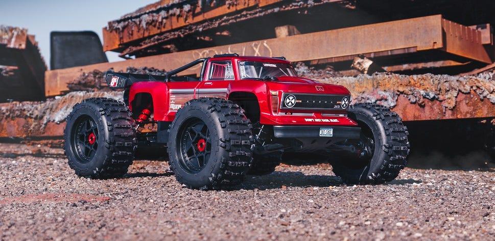 Arrma Outcast 8S BLX RC Stunt Truck