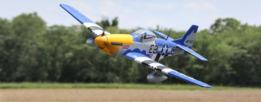 E-flite P51-D Mustang 1.5m RC plane