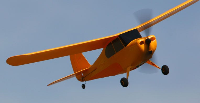 rc flying plane