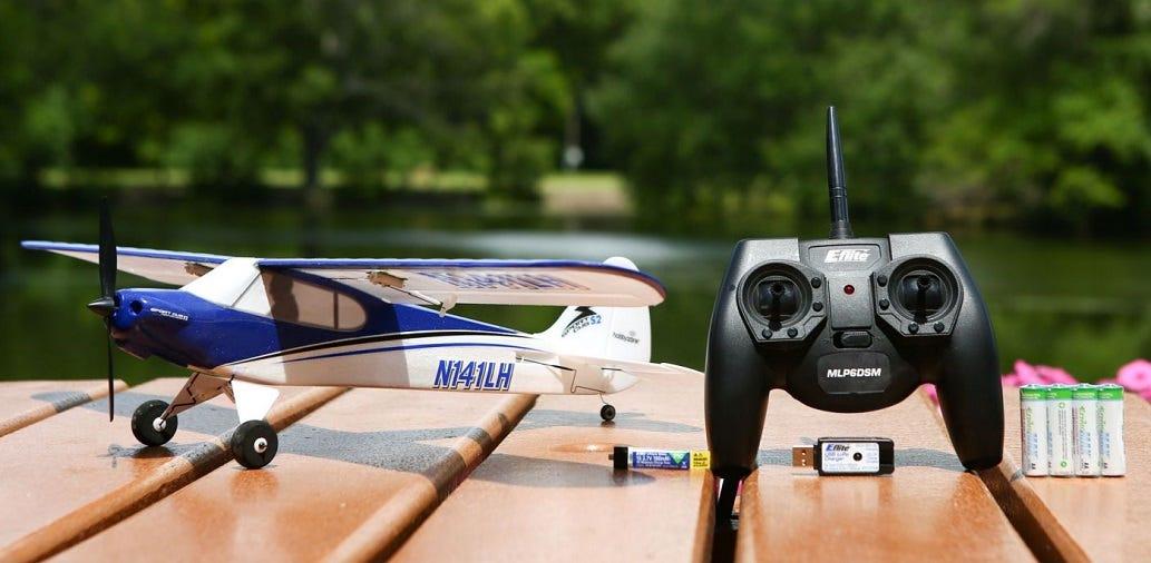 RTF Trainer Plane